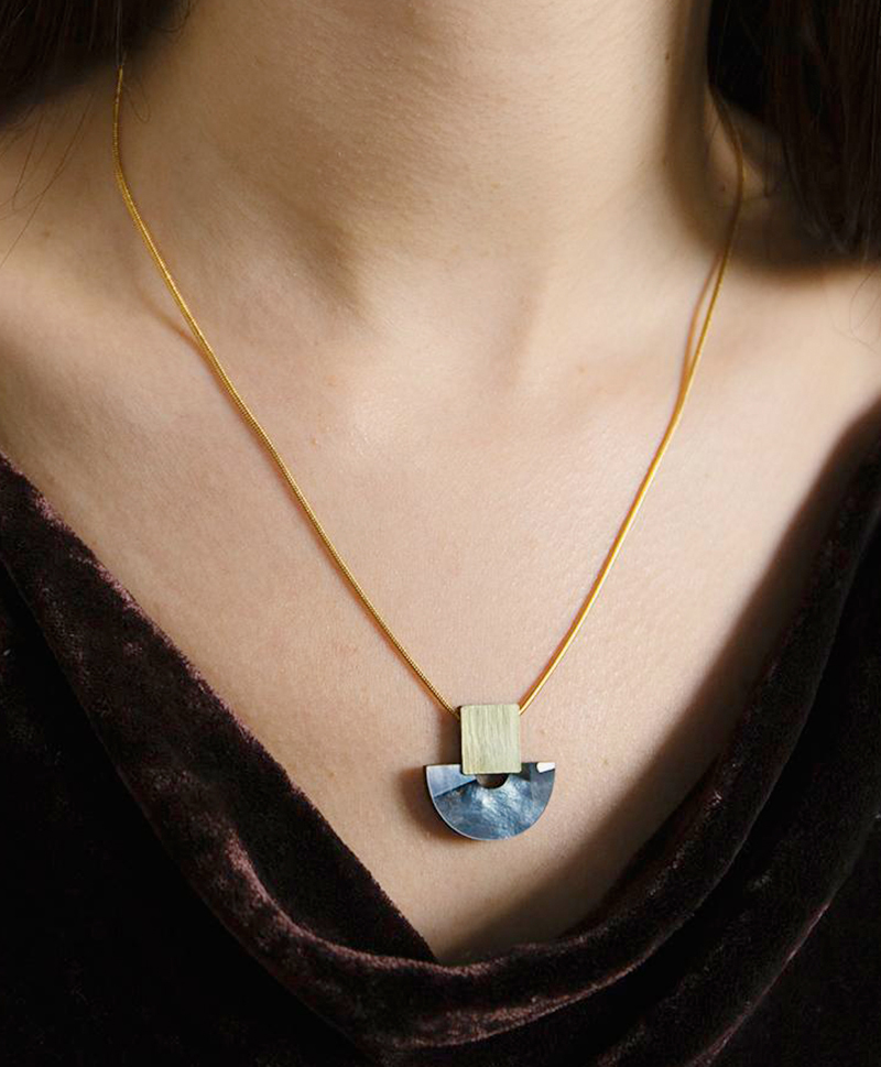 Подвеска Marina Necklace in Blue Mother of Pearl