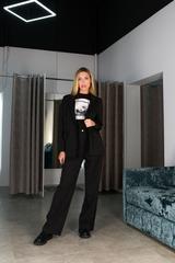 Черный брючный костюм с пиджаком Nadya