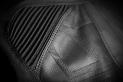 Мотокуртка - ICON SANCTUARY (кожа, черная)
