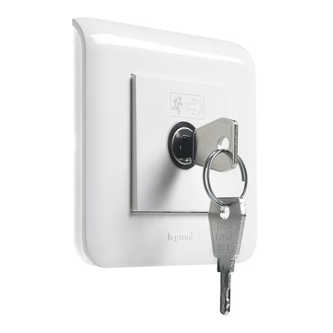 Выключатель с ключом для светильников BAES - 2 модуля. Цвет Белый. Legrand Mosaic (Легранд Мозаик). 076630
