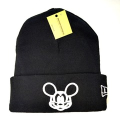Вязаная шапка с вышивкой Микки Маус (Mickey Mouse) черная