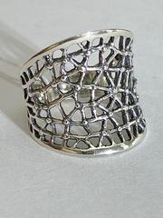 Паутина В  (кольцо из серебра)