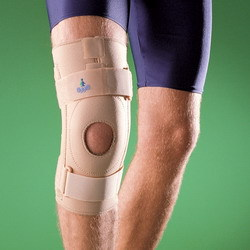 С шинами Ортез коленный ортопедический OppO арт. 1438 prod_1242849030.jpg