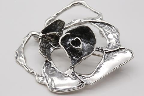 Брошь из серебра 925 пробы без вставок Литва