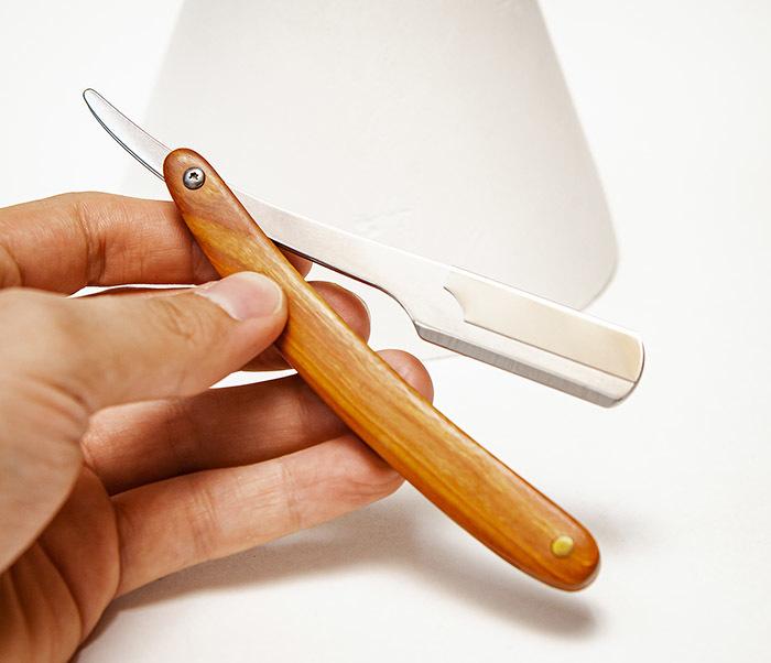 RAZ528-1 Бритва шаветка с рукояткой из дерева фото 05