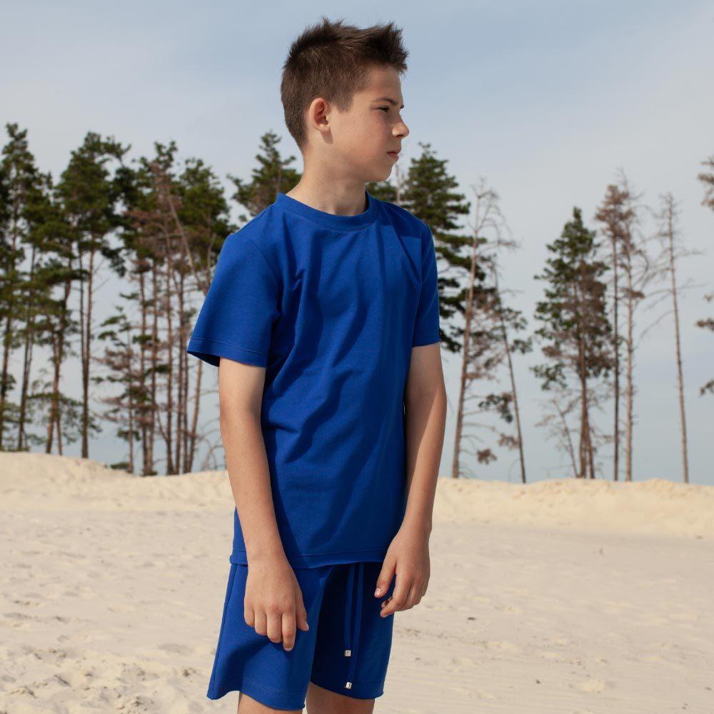 Дитячий підлітковий літній костюм з шорт і футболки синього кольору