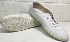 Женские белые кожаные мокасины кеды на белой подошве Rozen 115 All White.