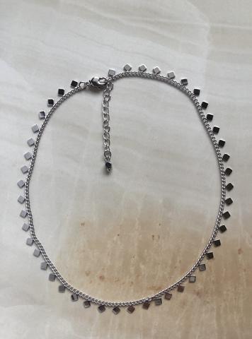 Колье Альфа, серебряный цвет