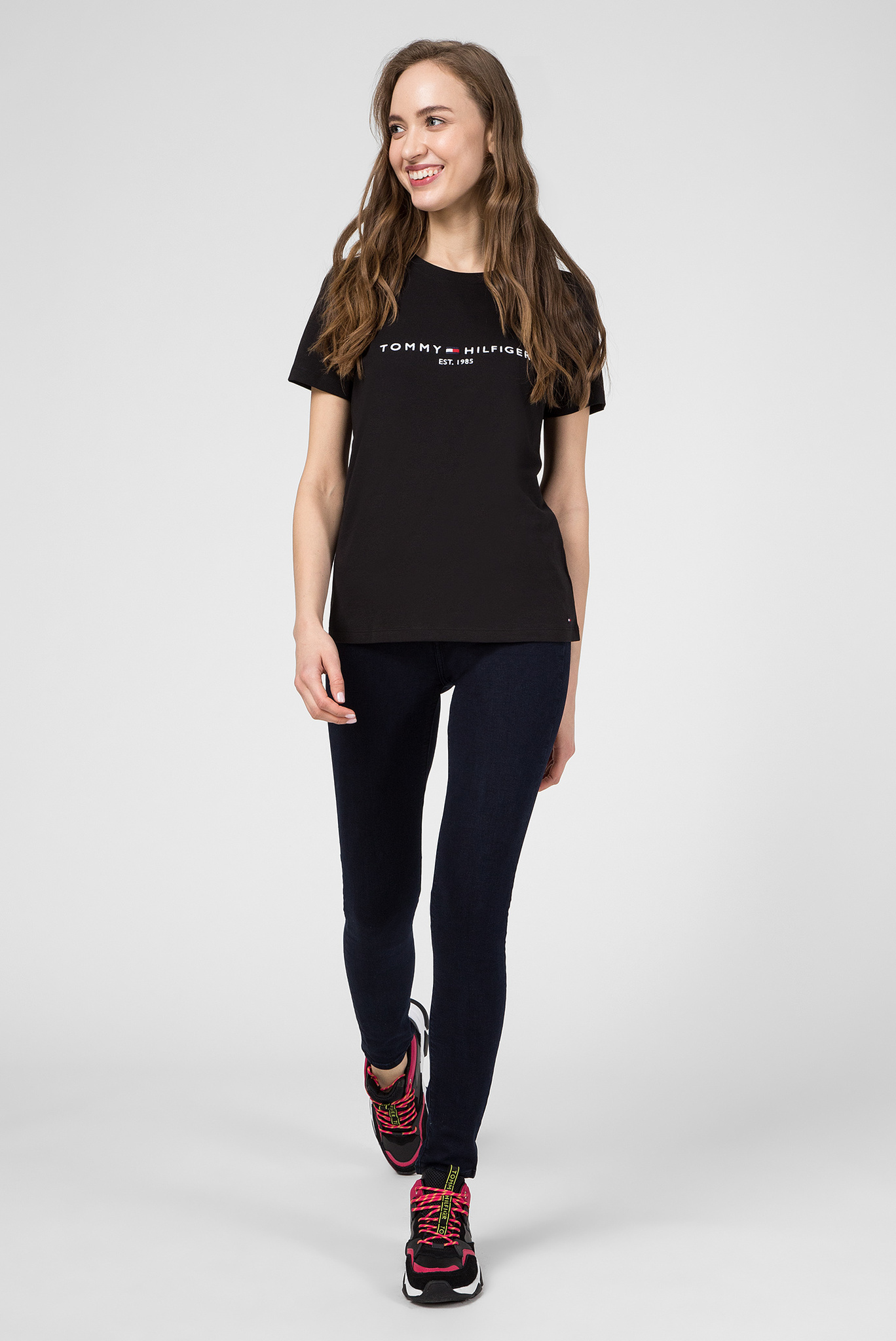 Женская черная футболка NEW TH ESS Tommy Hilfiger