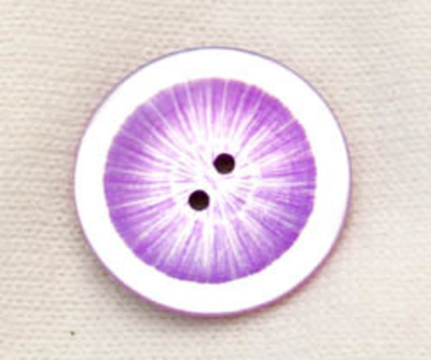 Пуговица из натурального перламутра, сиреневая, с рисунком из центра