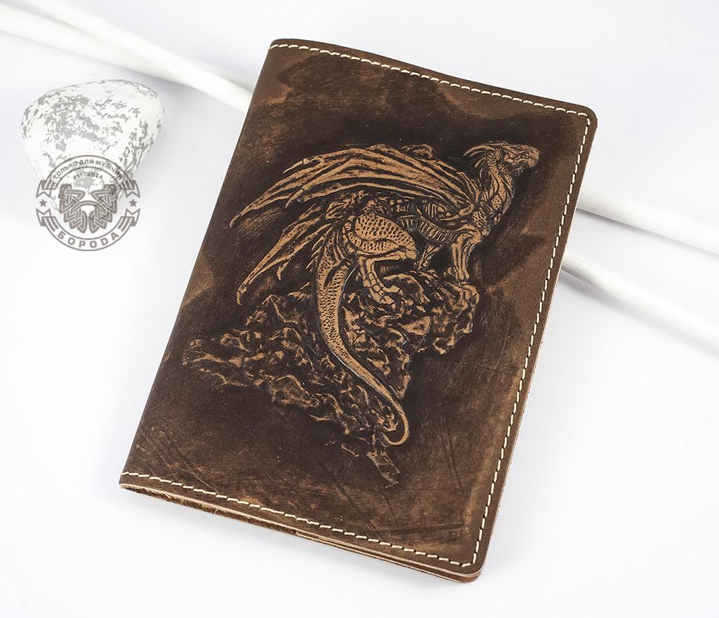 BY14-30-03 Обложка на паспорт из натуральной кожи «Дракон»