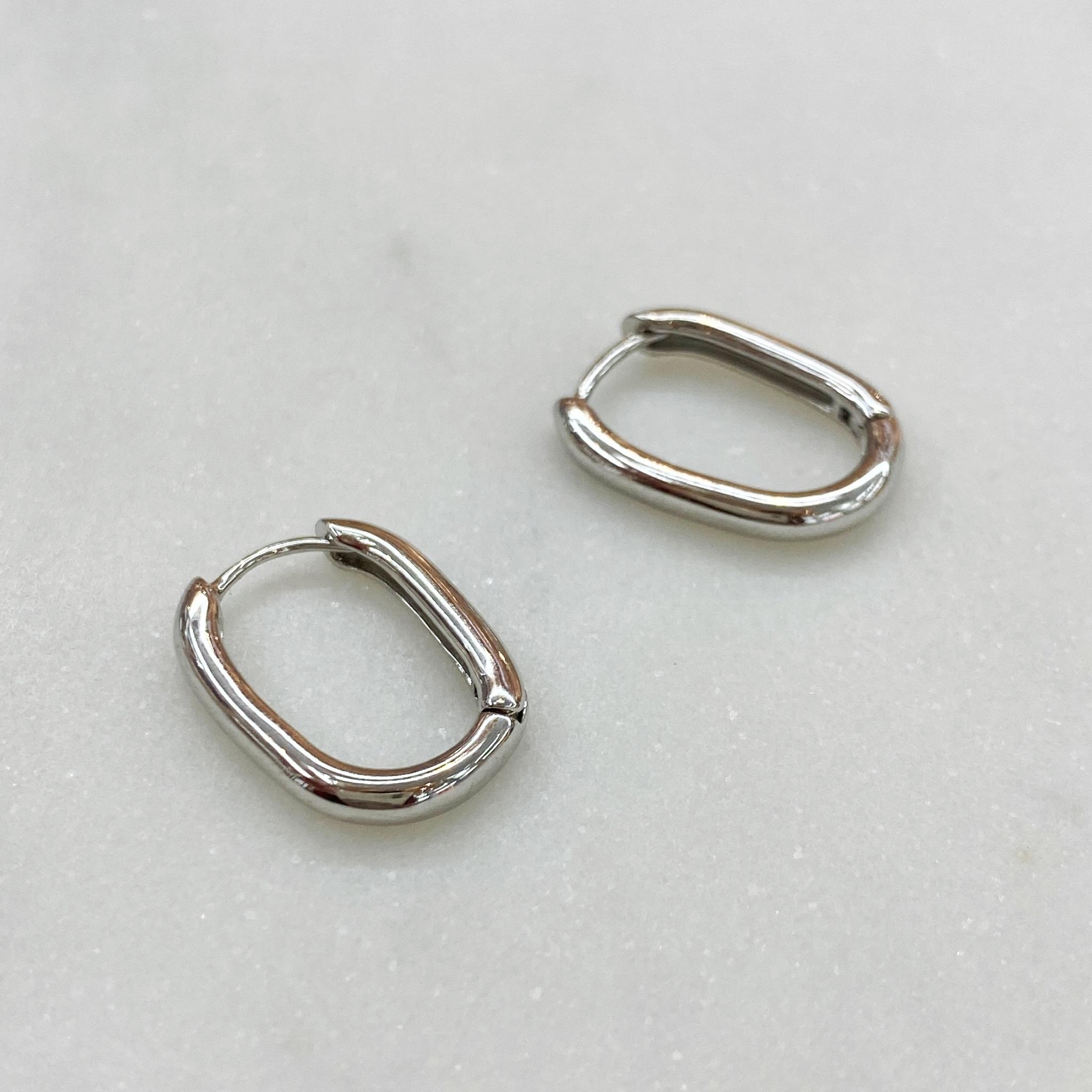 Серьги мини-конго овальные 1,8 см (серебристый)