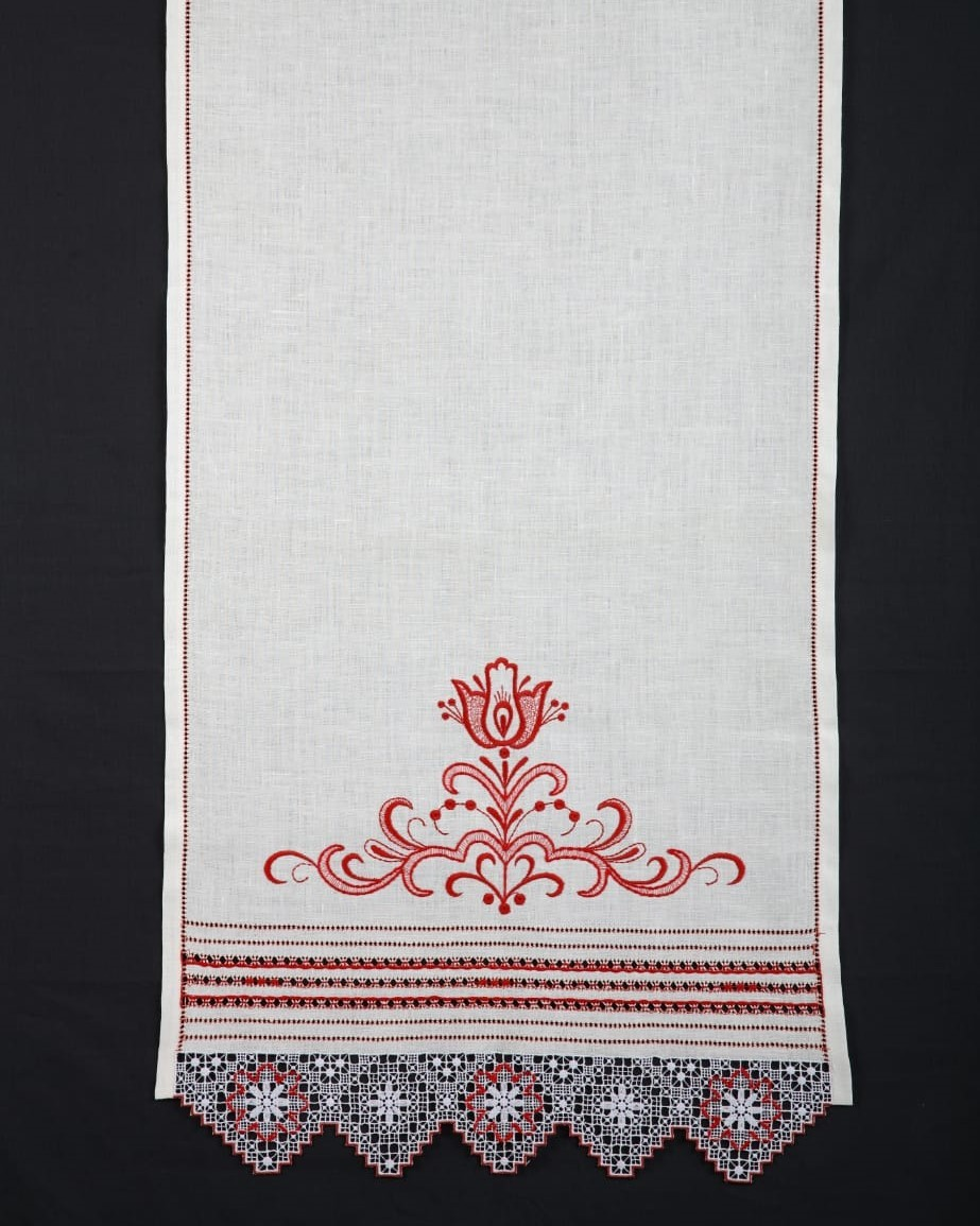 Свадебное полотенце - рушник с цветами и нижегородской вышивкой