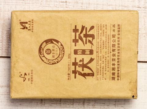 Ань Хуа Фу Чжуан Хей Ча, 2013, 350 г