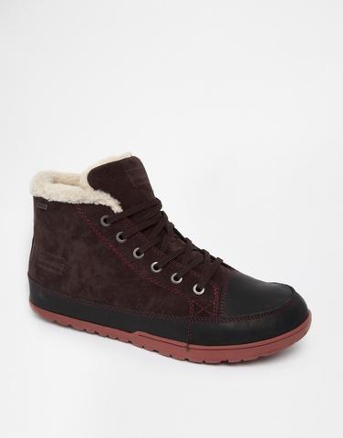 Patagonia Shearling Look Boots