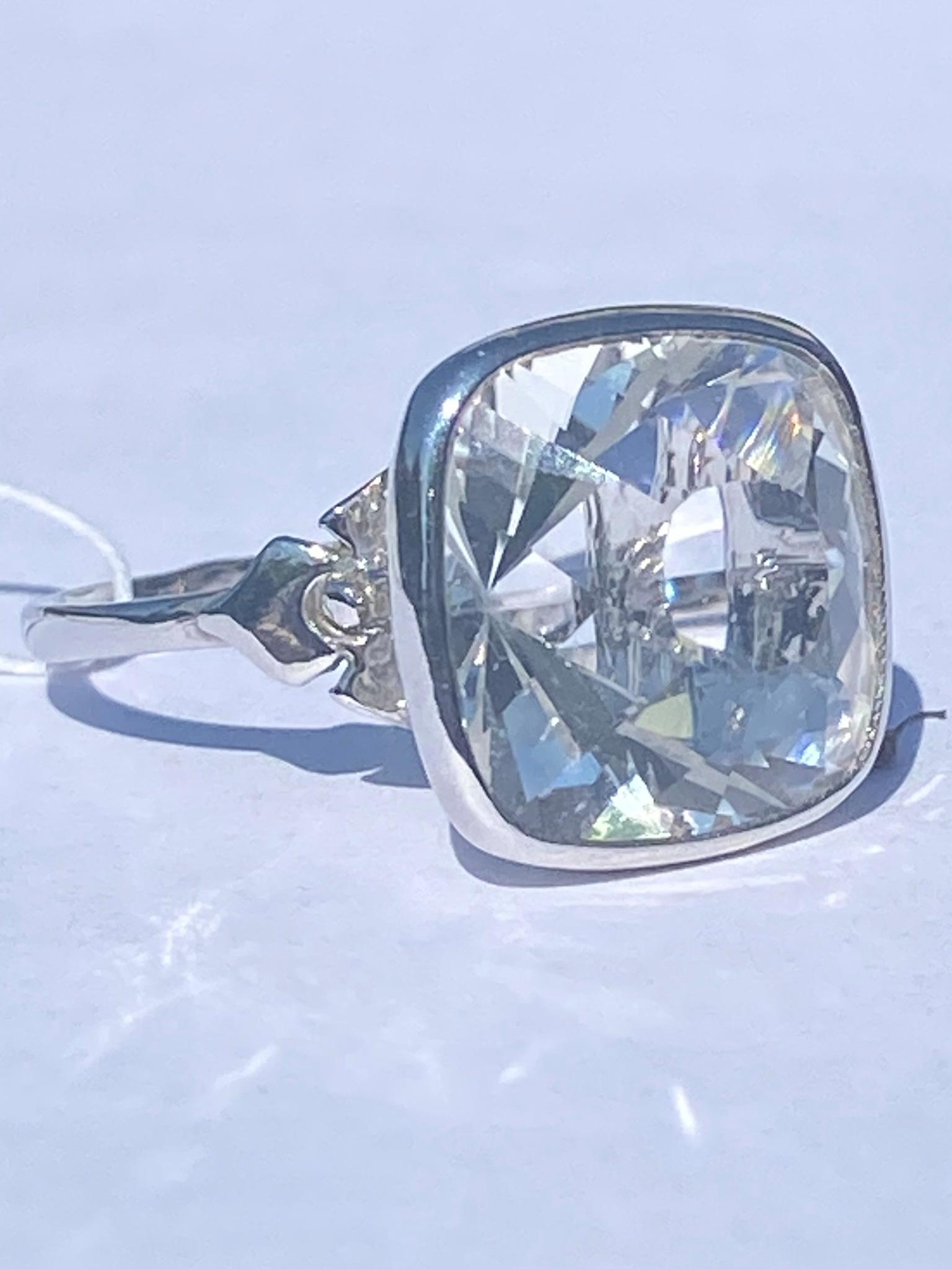 Горный хрусталь 514  (кольцо из серебра)