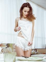 Шелковая молочная пижама