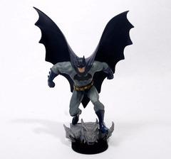 ДС комикс Бэтмен Темный рыцарь статуэтка Бэтмен