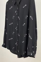 Блуза с принтом Булавки