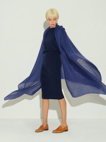 Женский шарф темно-синего цвета из мохера и шерсти - фото 2