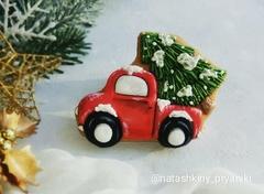 Машина с елкой №2