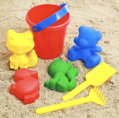 Набор для песочницы (4 формочки, ведерко, лопатка, грабли)