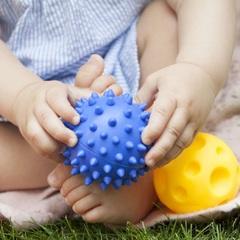 Сенсорные мячи Hencz Toys набор из 5 шт