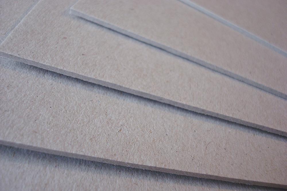 Переплетный картон 1 мм 30х30 см