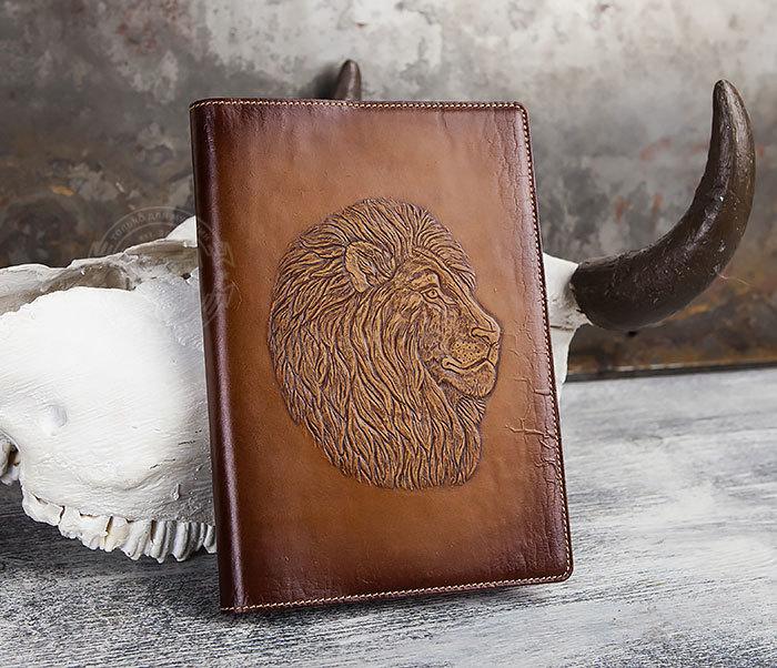 BY05-15-01 Кожаный ежедневник в обложке из натуральной кожи «Лев» (А5)