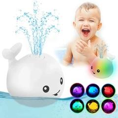 Игрушка для ванной Кит с фонтаном и подсветкой Белый