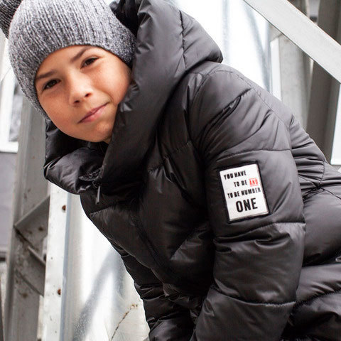 Чорне зимове пальто унісекс