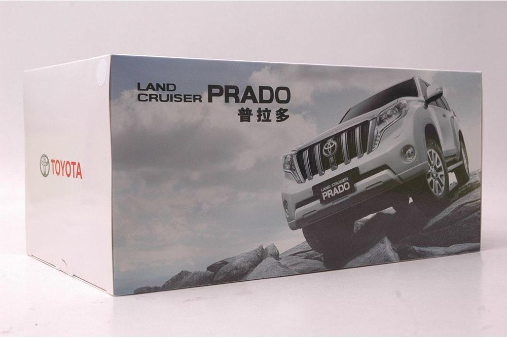 Коллекционная модель Toyota Land Cruiser Prado 150 2015 White