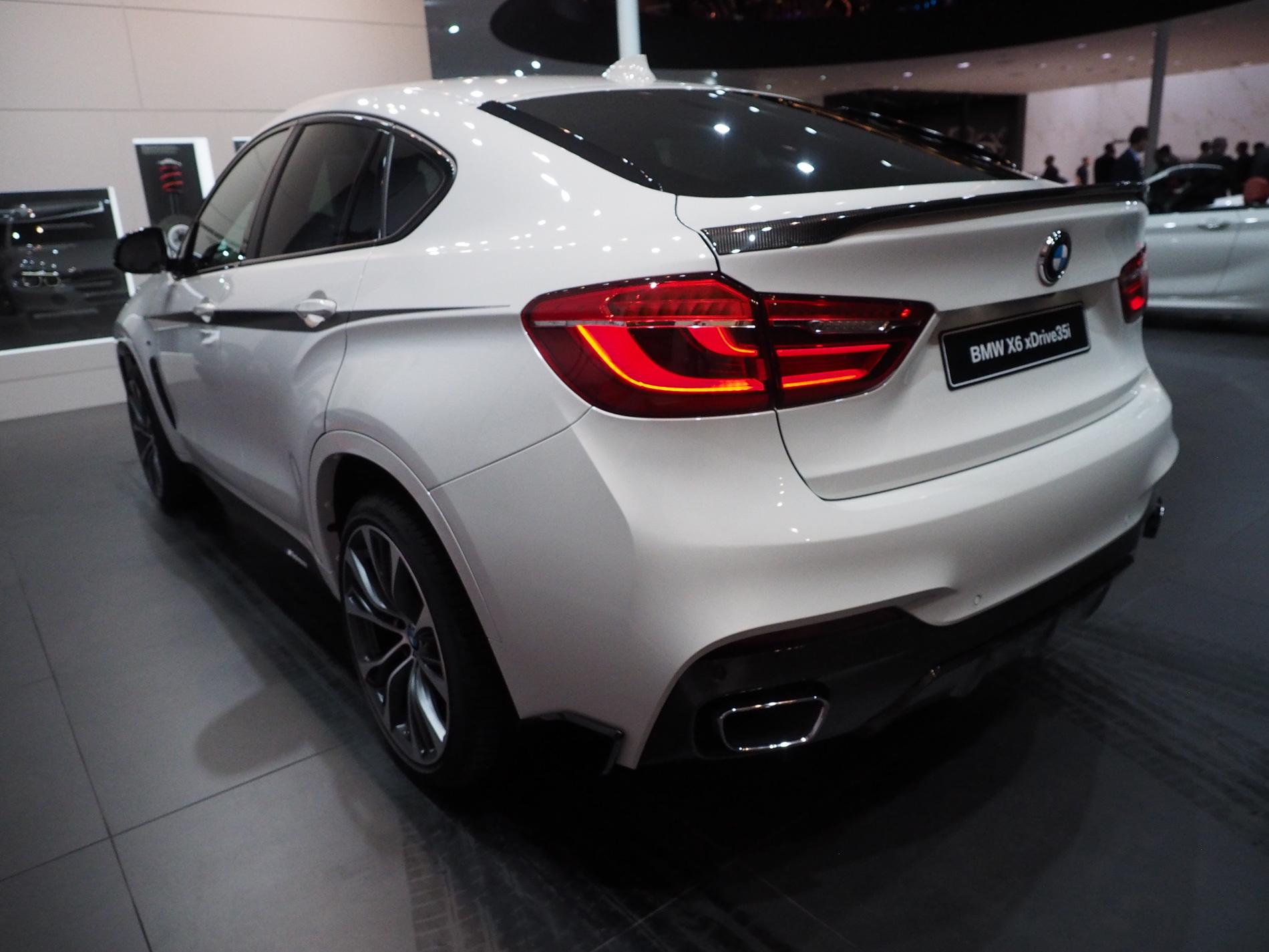 Карбоновый спойлер крышки багажника для BMW X6 F16