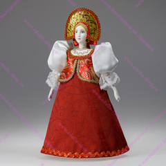Сувенирная кукла в маленькой парчовой душегрее