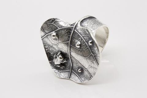 Кольцо из серебра 925 без вставок Литва