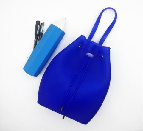073-229 Рюкзак силиконовый, синий