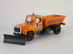 GAZ-3307 gritter Kompanion 1:43