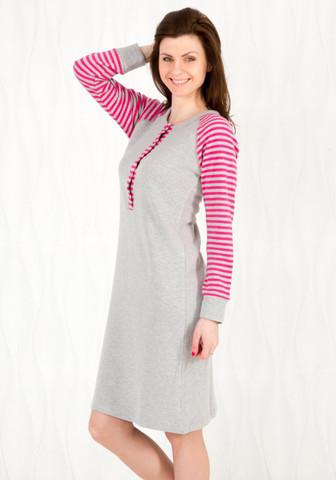 Теплое домашнее платье с полосатыми рукавами