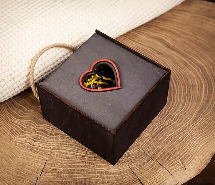BOX210-1 Крупная подарочная коробка ко Дню святого Валентина (17*17*10 см) фото 02
