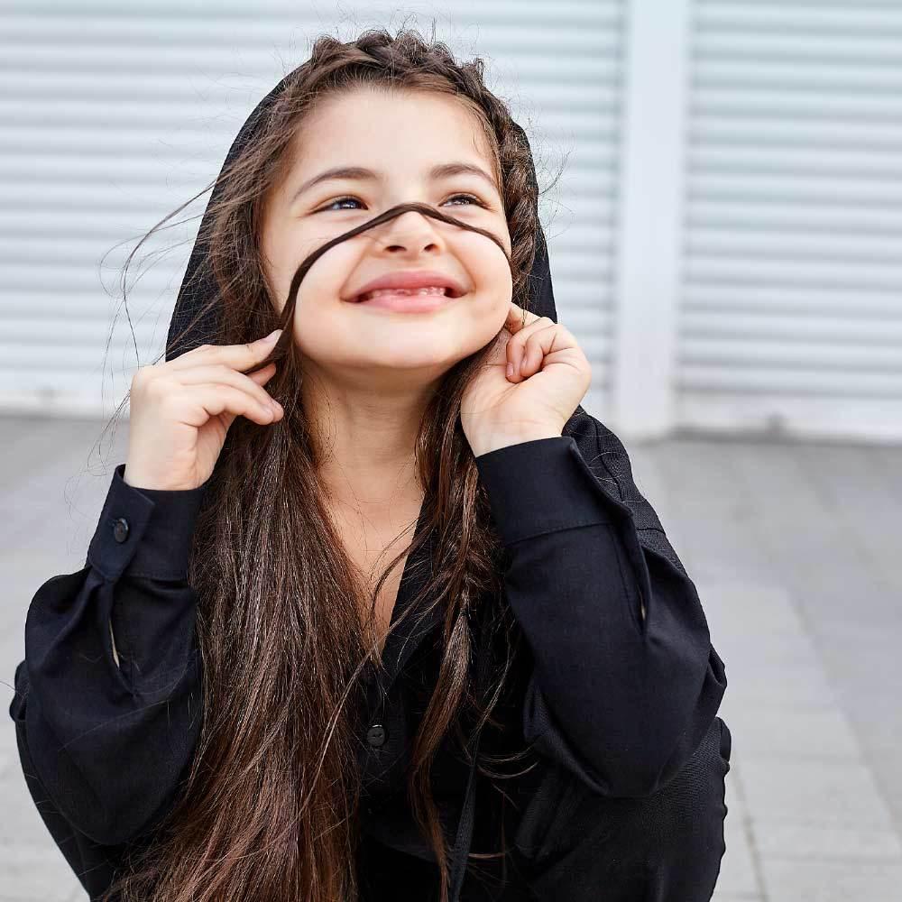 Дитячий костюм з льону для дівчаток в чорному кольорі