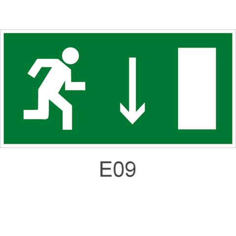 Знак Е09 эвакуационный выход (правосторонний)