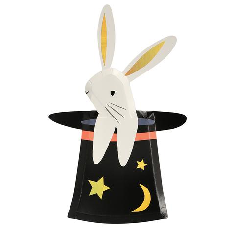 Тарелки в форме кролика в шляпе