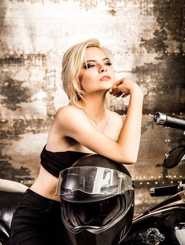 нужна девушка модель для фотосессии алматы