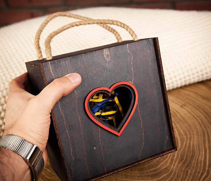 BOX210-1 Крупная подарочная коробка ко Дню святого Валентина (17*17*10 см) фото 07