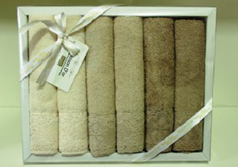 Подарочный набор махровых салфеток с кружевом Натурель