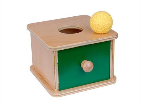 Коробочка с вязаным мячиком, Монтессори-Питер