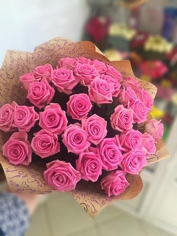 Букет из 33 розовых роз 60 см в оформлении #3774