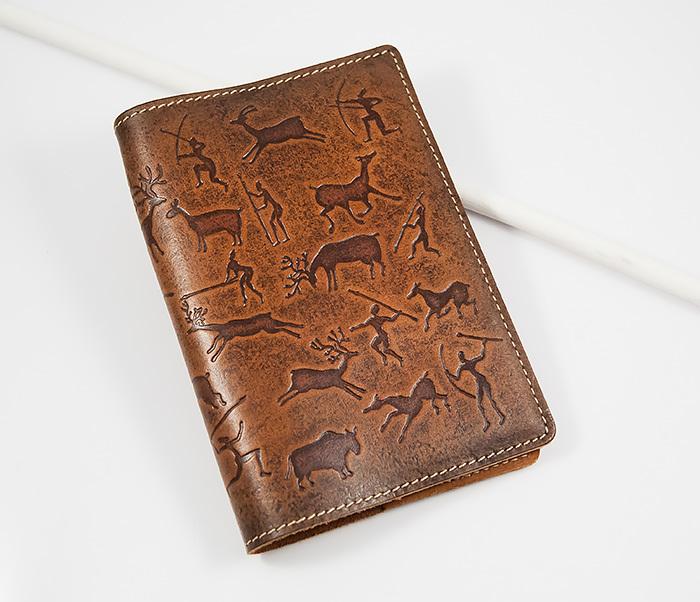 BY14-14-03 Прикольная обложка из кожи на паспорт, тиснение
