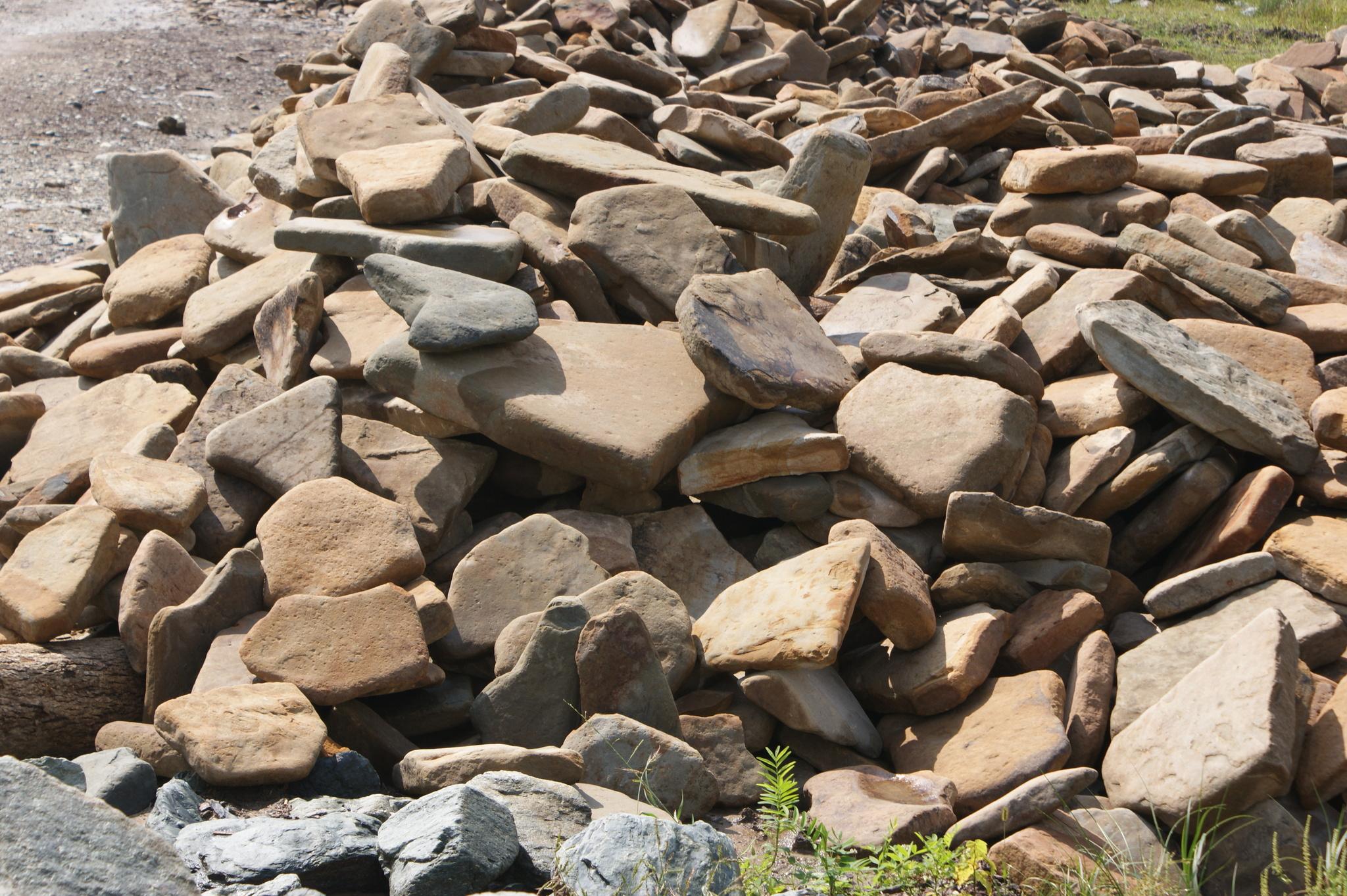 Песчаник плоский Адыгейский толстая фракция камня