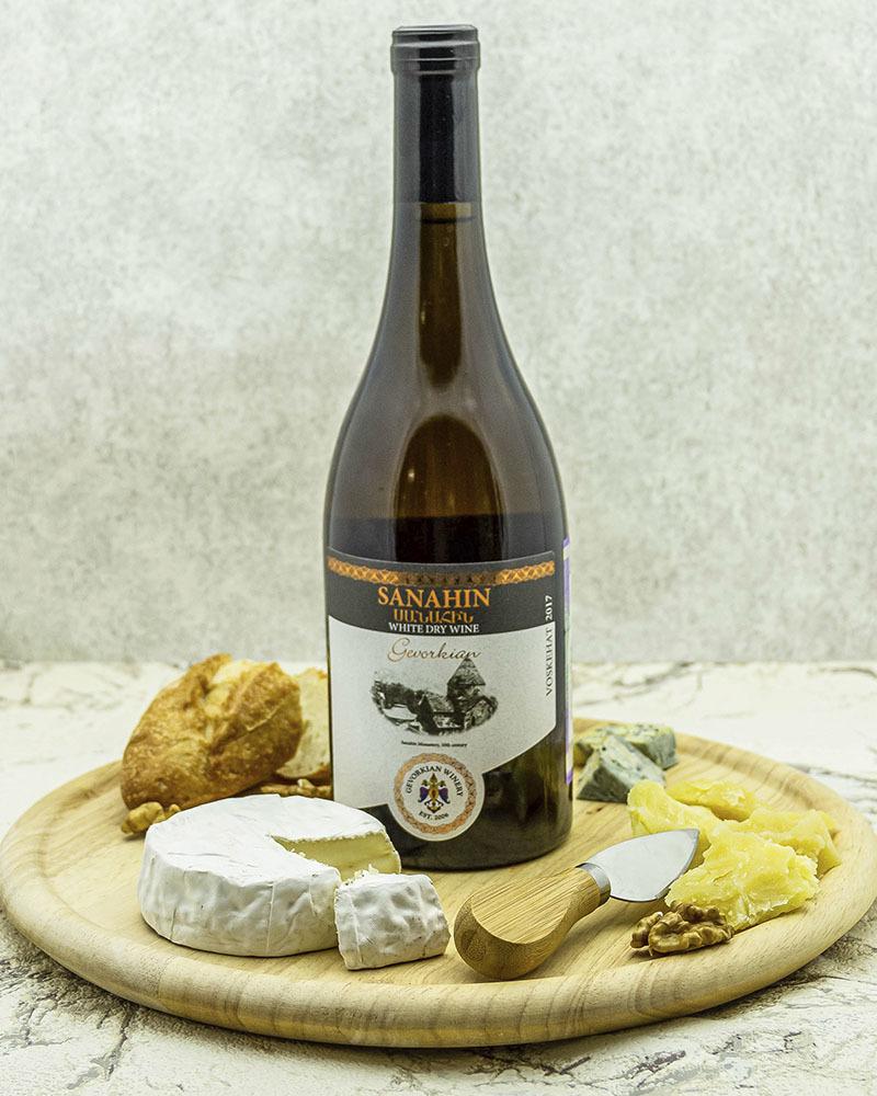 Вино Gevorkian Winery Санаин Белое Сухое 2017 г.у. 12,0% 0,75 л.